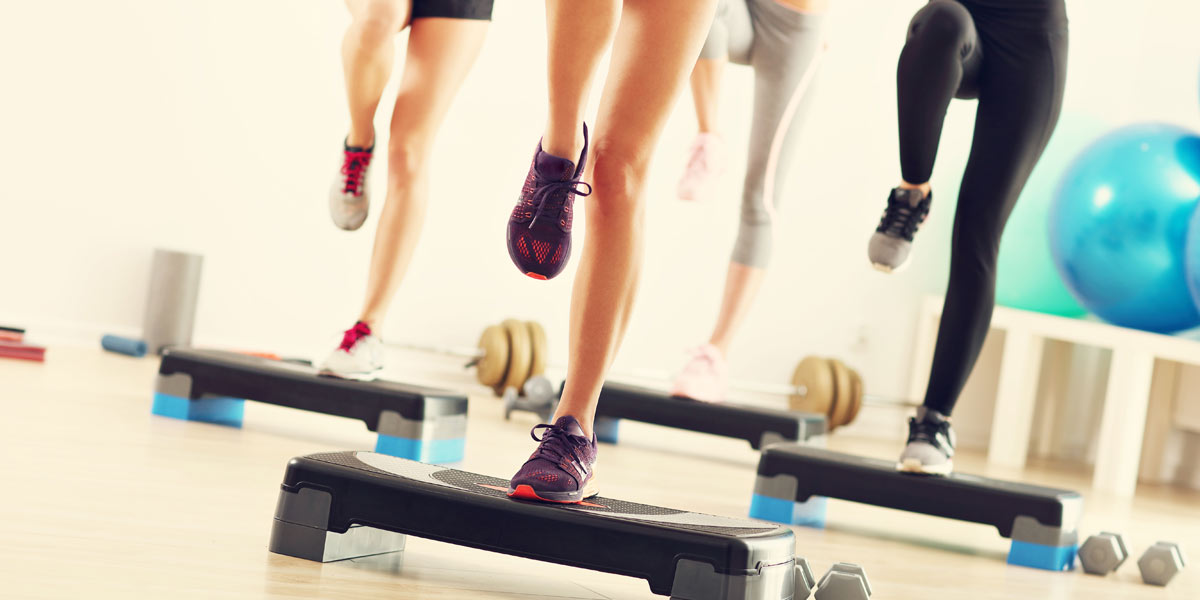 http://tus-reichenbach.de/wp-content/uploads/2020/09/maxmove-fitness-kranenburg-step-aerobic.jpg